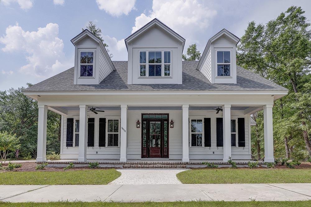 Southern coastal homes mistletoe home for Southern coastal homes